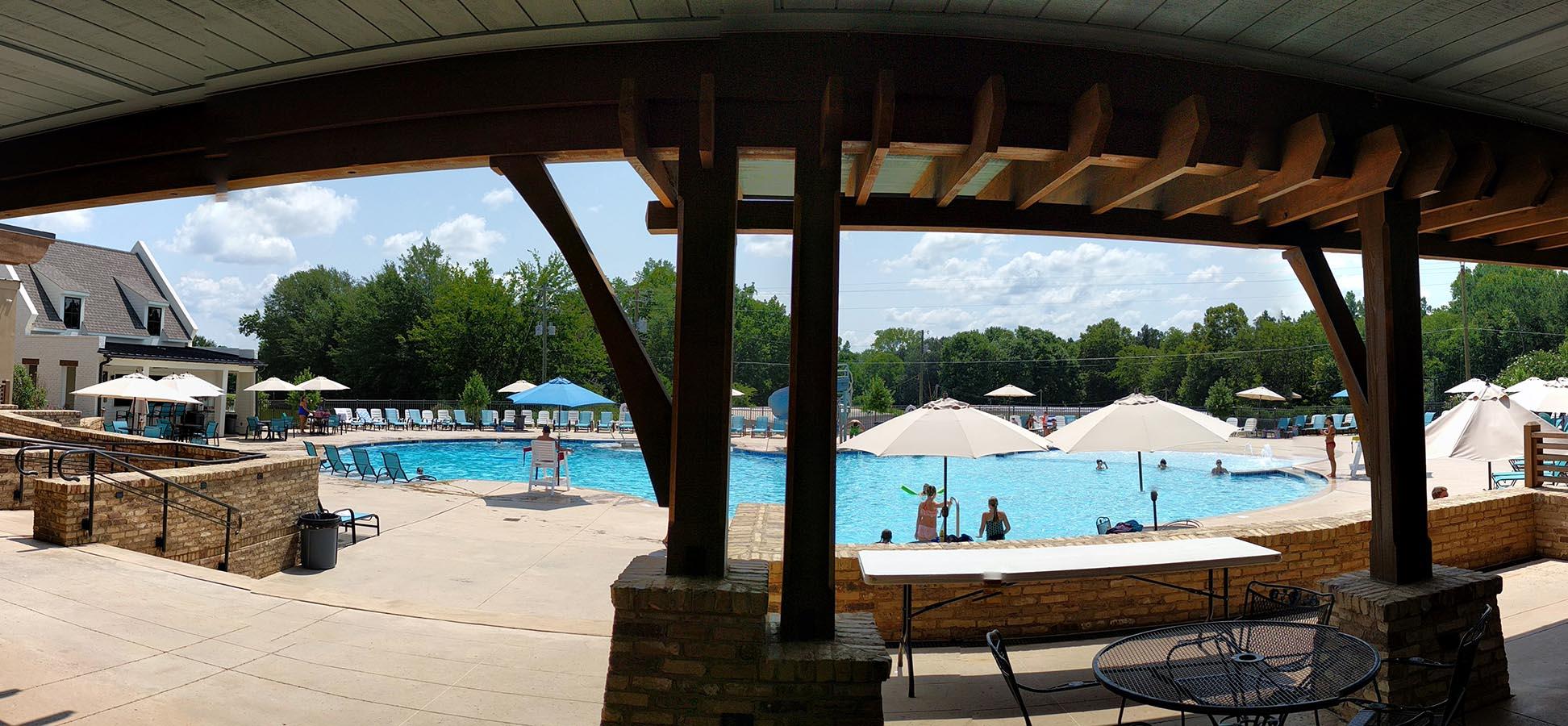 Pool Panorama Short